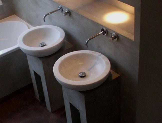 Mobile bagno per lavabo realizzato in resina - Resina per bagno ...